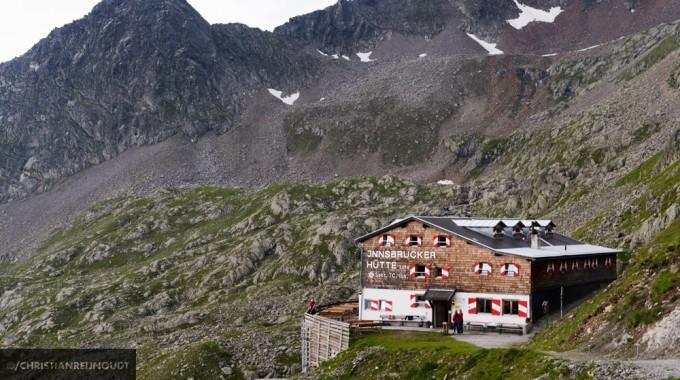 Innsbrucker Hütte In De Avond