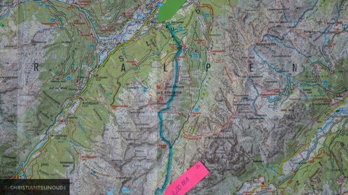 Eerste Etappe Van De Stubaier Höhenweg Op De Kaart