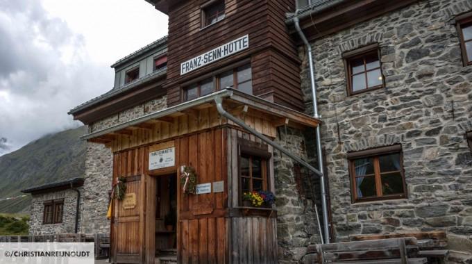 Ingang Van De Franz Senn Hütte
