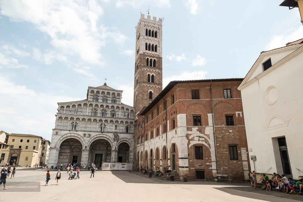 Piazza Antelminelli - Duomo di San Martino